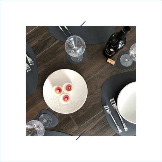 Elephantom.Design centre de table en porcelaine artisanat belge